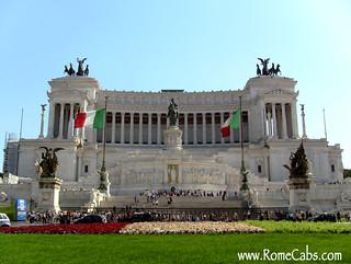 Vittorio Emanuele II Monument, Pza Venezia (Rome in A Day Tour) | by Rome Cabs