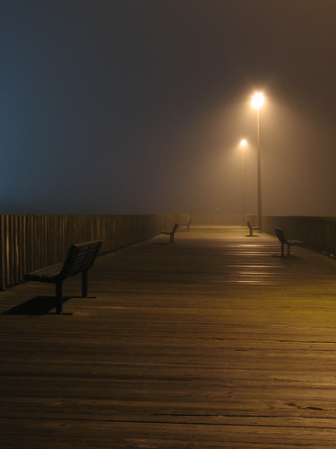fog night lights pier empty massachusetts tripod foggy calm northshore beverly benches foggynight artcafe 2508 canona630 qualitypixels flickrlovers artcafedomidoexhibitionscomein 399highestinexploreon72808