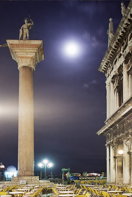 Moon over the Piazzetta