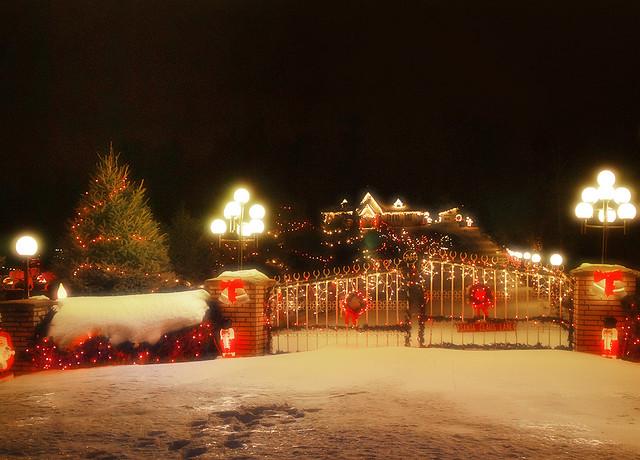 Santa's Lane (1 of 2)