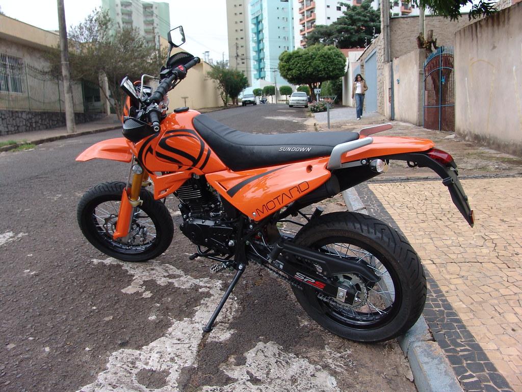 Avaliação da Sundown STX 200 Super Motard - MOTO.com.br