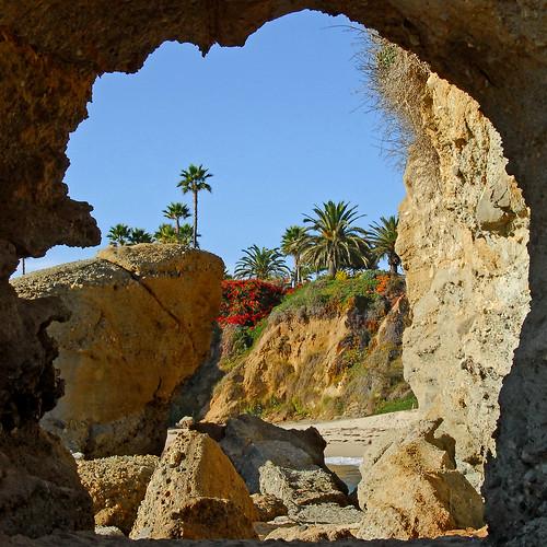 Treasure Island Laguna Beach: Down On The Beach By The Montage Resort, Or