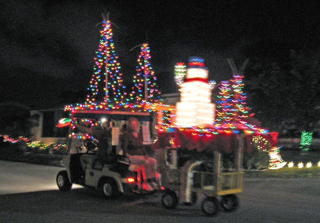 Golf Cart Christmas Decorations.Decorated Golf Cart Pulling Trailer Flasunshine Flickr