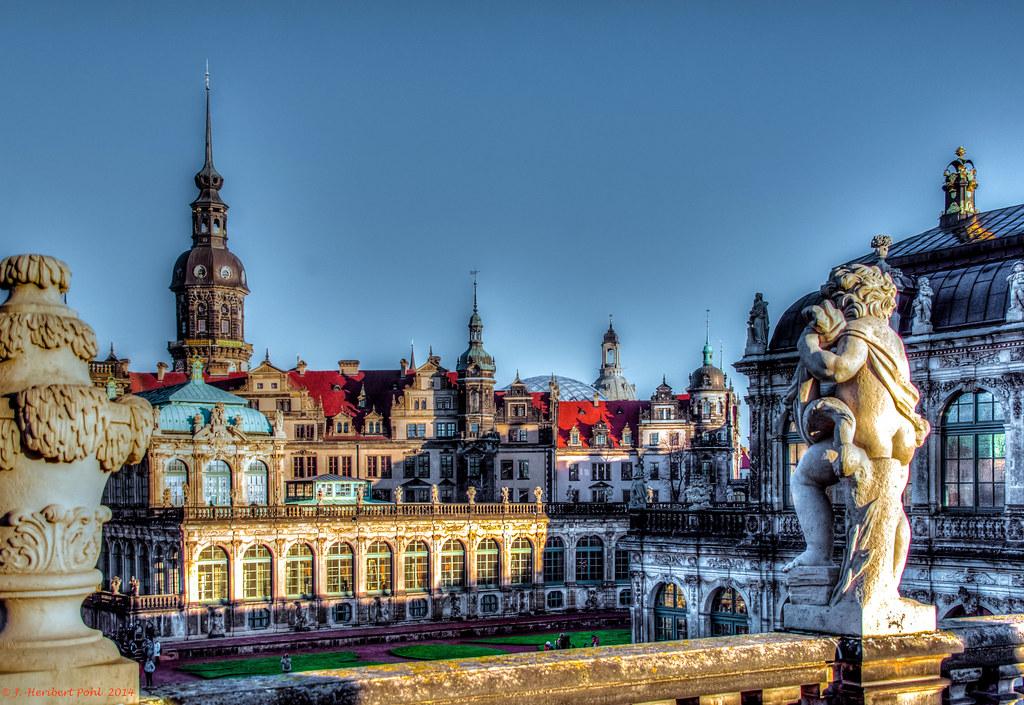 Dresden Weihnachten.Dresden Schloss Und Zwinger Kurz Vor Weihnachten Sony Dsc