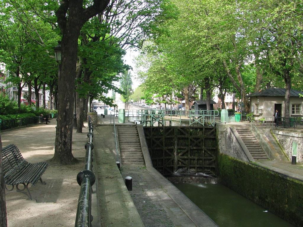 Lock, Canal St-Martin
