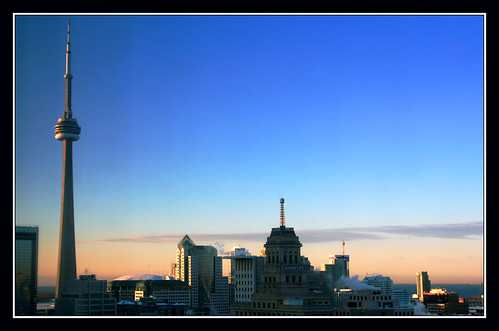 light toronto ontario canada sunrise canon cityscape cntower sigma rogerscentre thecontinuum canon400d aplusphoto sigma18200dcos spiritofphotography