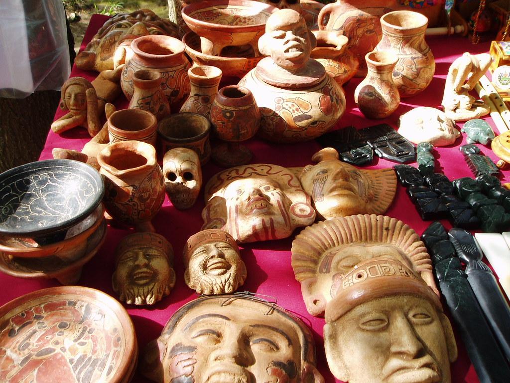 Artesania De Barro Ruinas De San Andres Moises Rivas Flickr