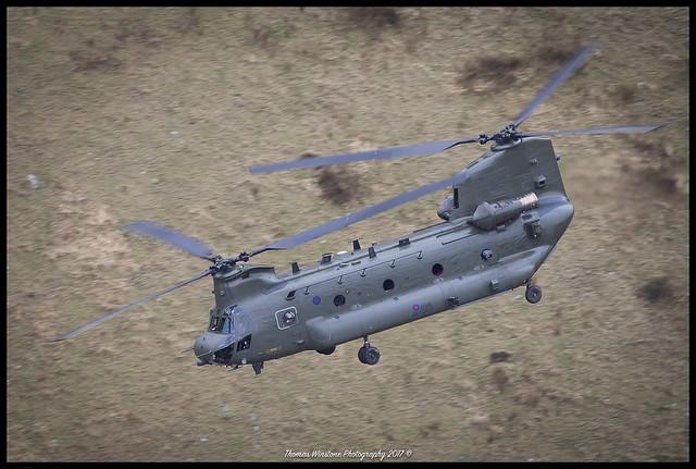 RAF Chinook ZA671