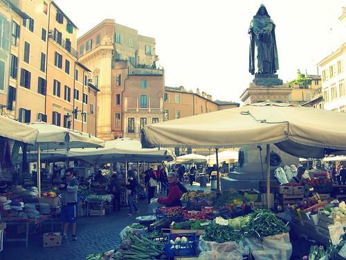 Campo de' Fiori beneath statue of Giordano Bruno | by Randy OHC
