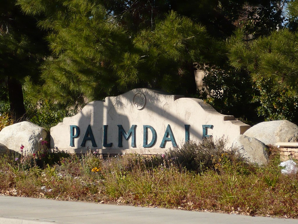 Palmdale Welcome Sign | Mike | Flickr