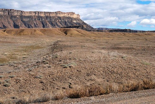 railroad abandoned geotagged utah grade disused rightofway unused bookcliffs frontageroad floy ut2006oct