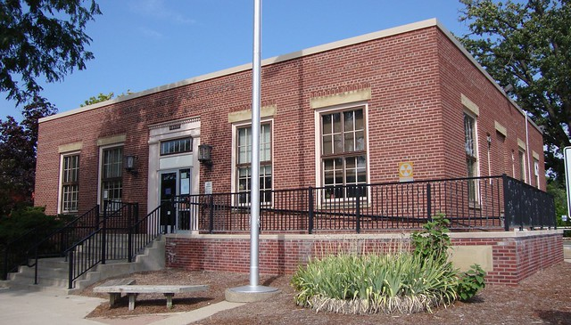Post Office 48827 (Eaton Rapids, Michigan)