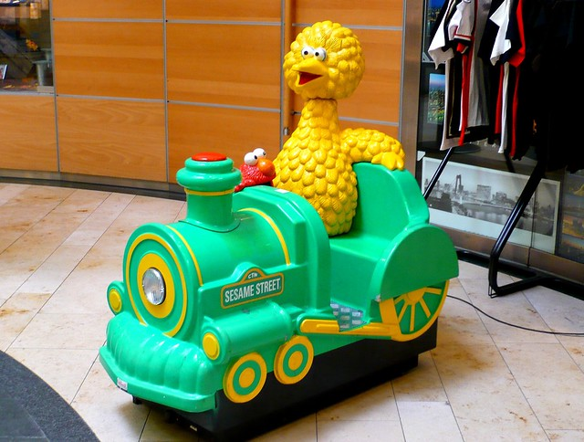 Kiddie Ride - Big Bird Express Sesame Street