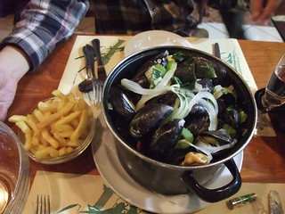 Mussels with fries | by metomeform20