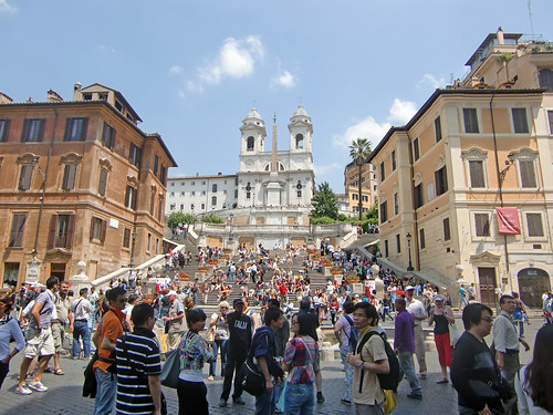 Tourists in the spanish steps | by Vidar2010