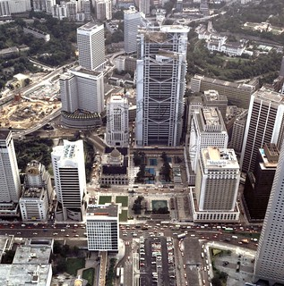 1986 A bird's eye view of high rise development around Statue Square