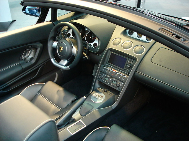 Lamborghini Gallardo Spyder Inside Interior Of The Lamborg Flickr