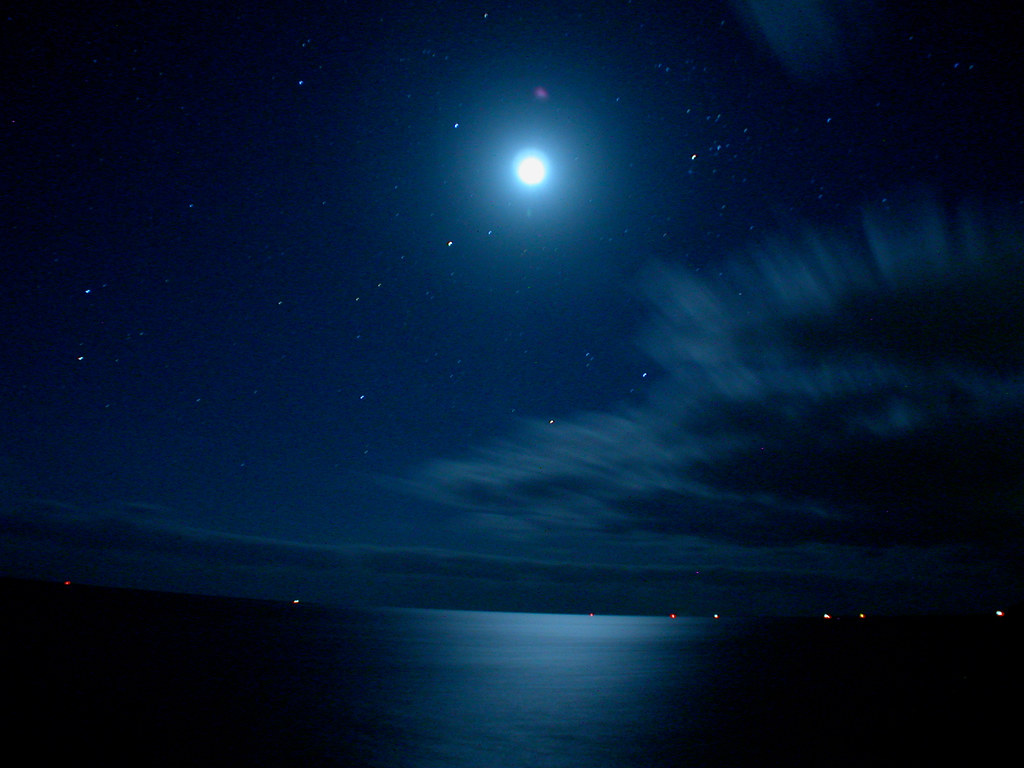 Moonlight At Sea Moon Over The Baltic Sea With Clouds Movi Flickr