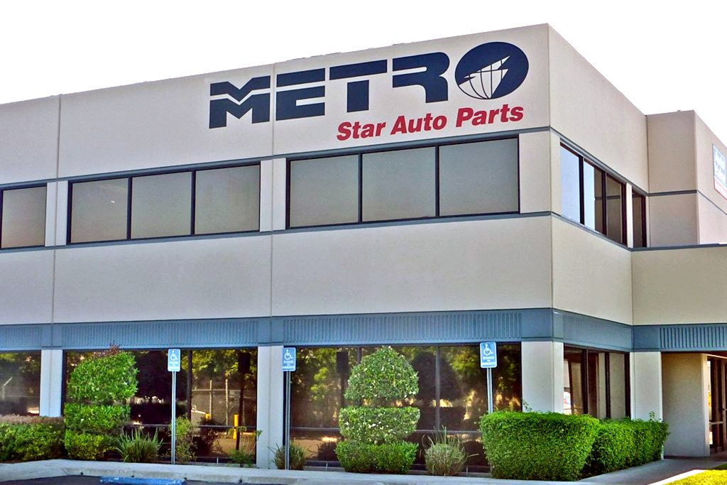 Metro Auto Parts >> Metro Auto Parts Distribution Center Painted Graphics Flickr