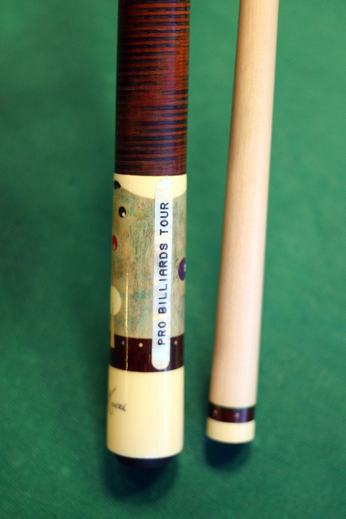 Meucci custom Pro Billiards Tour cue | Given to players in t