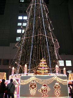 Christmas Decorations in Shin-Umeda City | by Not Quite a Photographr