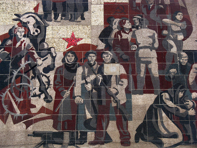 Den sozialismus in seinem lauf hält weder ochs noch esel auf