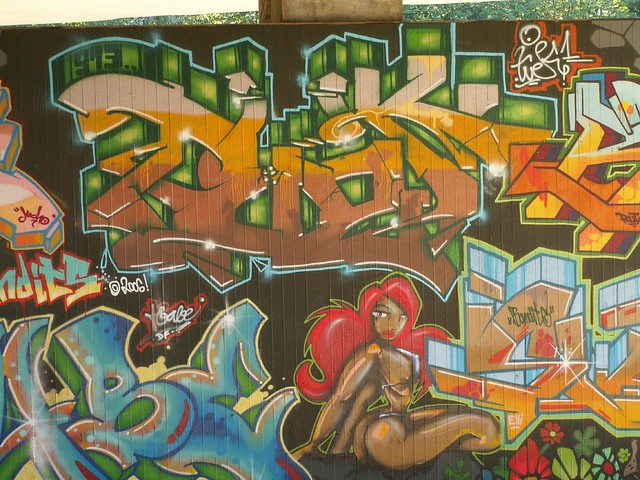 Zaubermacht der Graffiti Autobahnbruecke, noch völlig talentfrei animiert die vorgeschichtlichen Gesangsstücke, steigt die gespenstische Nacht, und die Gründe glänzen wieder 165