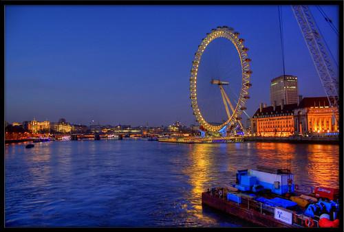 Izlazi u New Yorku vs Londonu