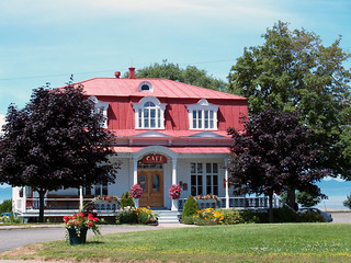 Cafe at St. Lawrence river