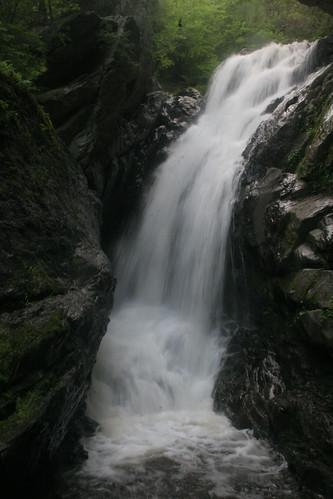 waterfall massachusetts newmarlborough chrisbuelow whitenriver campbellfall photocontesttnc08 dryoptera