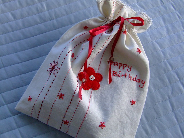 environment friendly giftwrap