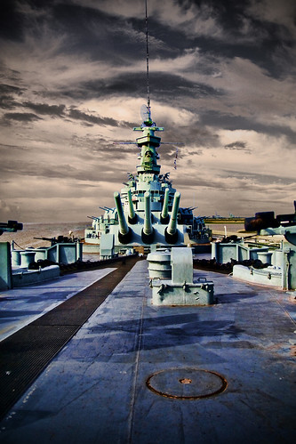 history mobile museum bay war ship south alabama plugin battleship docked ussalabama canoneosdigitalrebelxti sigma1770mmf2845dc photoshopcs3 redynamix topazadjust