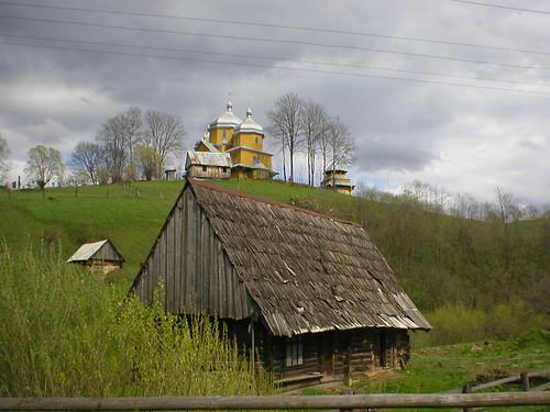 Village in Karpaty | by anaroza