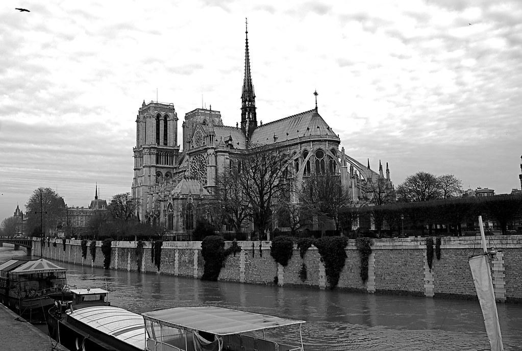 Notre Dame Paris En Noir Et Blanc Regis Frasseto Flickr