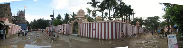 Temple entrance, Guru mandapam