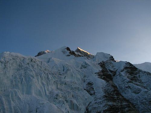 nepal trek solukhumbu mountaineering islandpeak sunrise lhotse lhotseshar alpenglow glacier dawn geotagged geo:lat=2792052610906926 geo:lon=8693503490426679 sagarmatha everestregion