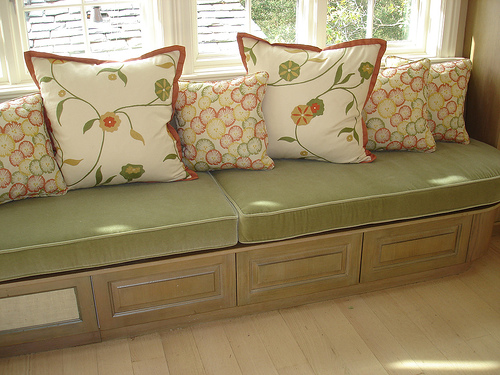 Super Kitchen Window Seat Window Seat Cushions With Toss Pillows Dailytribune Chair Design For Home Dailytribuneorg