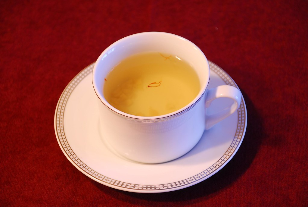 Kashmiri Saffron tea | Saffron tea, also called 'kehva' in ...Kashmiri Saffron Tea