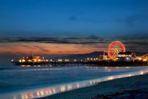 ocean california longexposure sunset color beach night clouds cloudy santamonica clear pacificocean ferriswheel santamonicapier pacificpark bigmomma pacificwheel 3244 nikond80 youvsthebest 15challengeswinner thechallengefactory 3expblend thepinnaclehof richgreenephotography