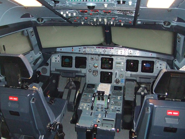 A321 Full-flight Simulator   One of two A320 Family simulato…   Flickr