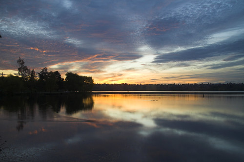 seattle sunset reflection water clouds wow long exposure greenlake tonight soe myexplore oct077601