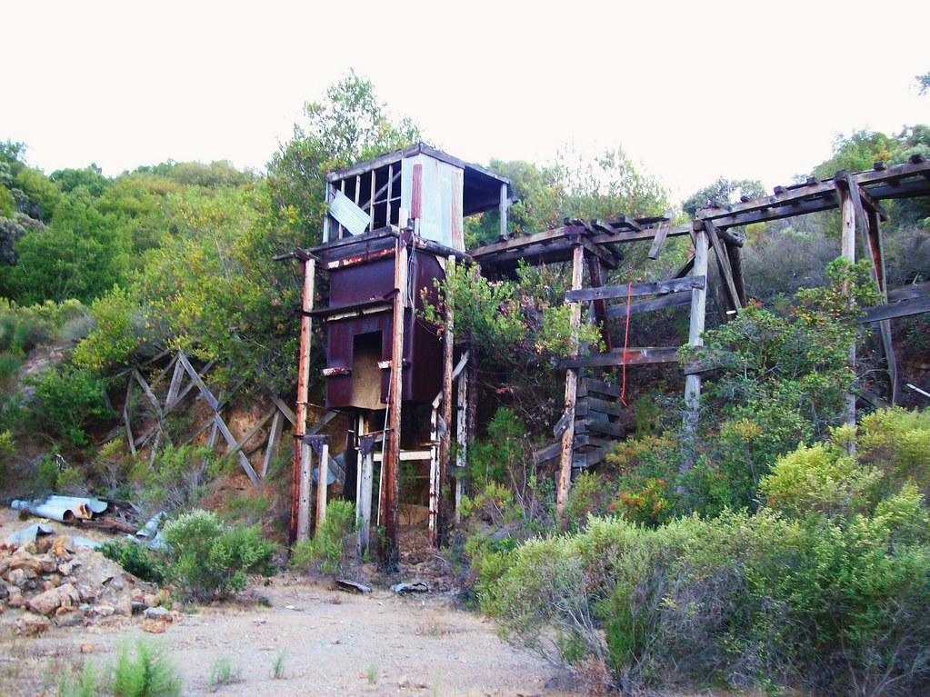 Mining ruins at New Almaden Quicksilver County Park - Rail ...