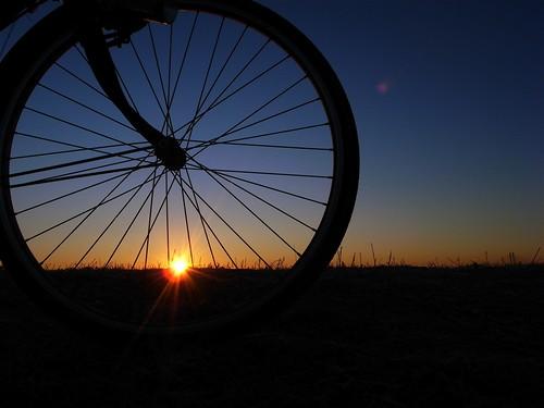 bike bicycle digital sunrise first gr 2008 ricoh hatsuhinode 初日の出