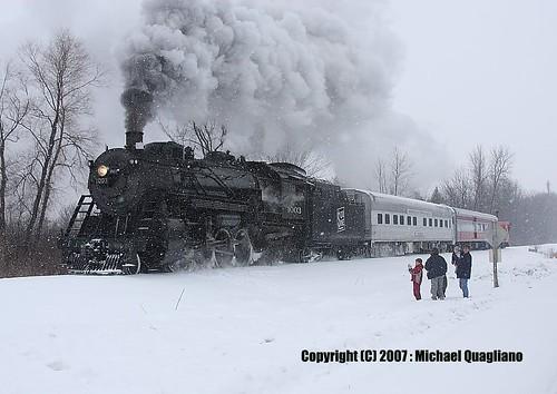 santa railroad snow wisconsin kids train bestviewedlarge steam line special southern locomotive passenger soo blizzard 1003 trackside alco 282 wsor railside soo1003