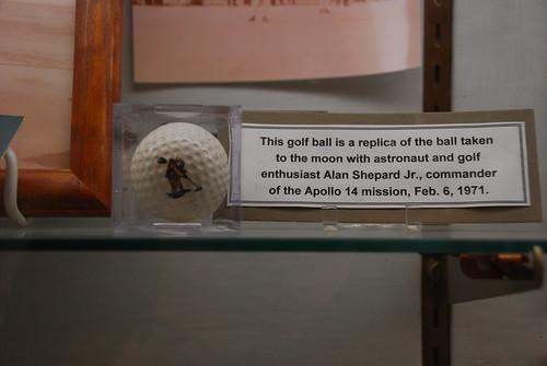 moon golf question schnivic golfball pinehurst apollo14 alanbshepardjr deltamike february61971