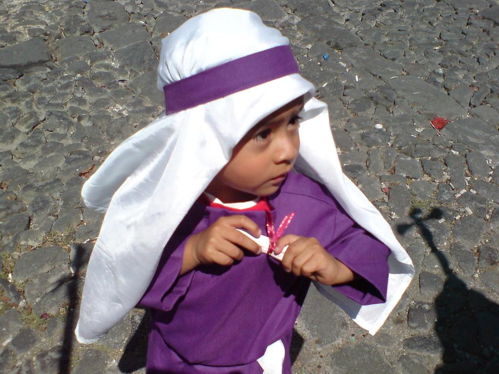 Aspirante a cucurucho | Es costumbre que algunos niños acomp… | Flickr