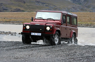 Land-Rover Defender | by qiv