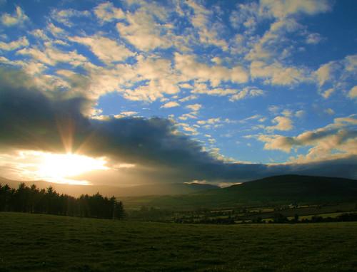 ireland sunset sky sun clouds wicklow rathdrum golddragon worldbest platinumphoto diamondclassphotographer flickrdiamond ballygannon ballinderry rubyphotographer spectacularsunsetsandsunrises