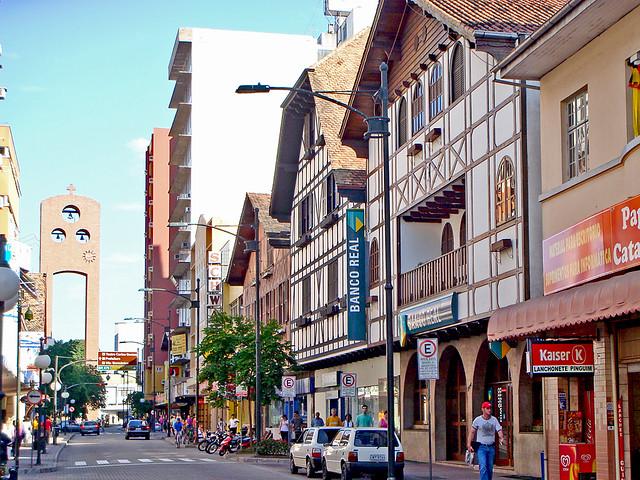 Risultato immagini per Rua XV de Novembro a Blumenau