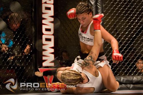 female fight mixed martial arts fighting girlfight fff mma femmefatalfighting sophiebagherdai